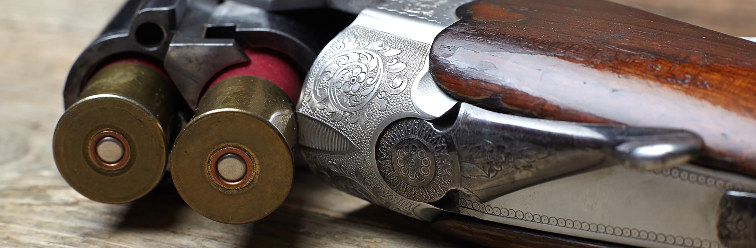 Nahaufnahme eines antiken Gewehrs in der Jagdschule Blittersdorf